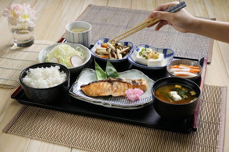 Mách bạn cách sống khỏe tự nhiên của người Nhật Bản